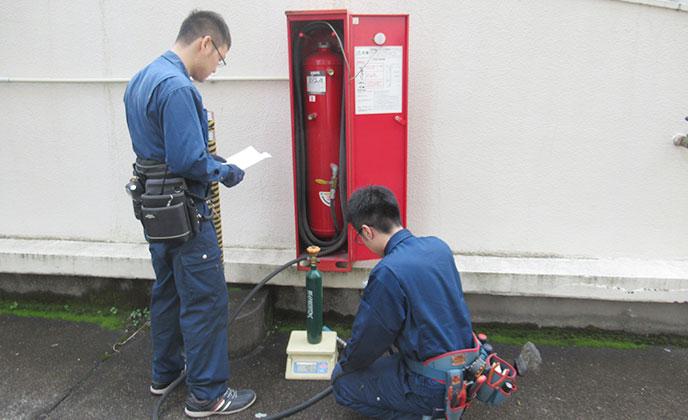 移動式粉末消火設備点検