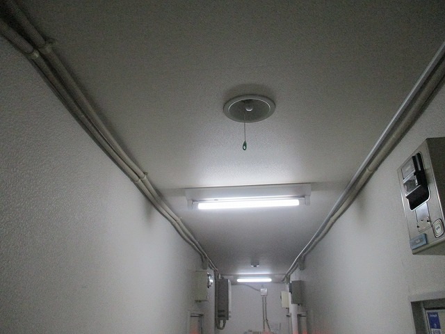 停電時に大活躍 非常照明器具交換工事